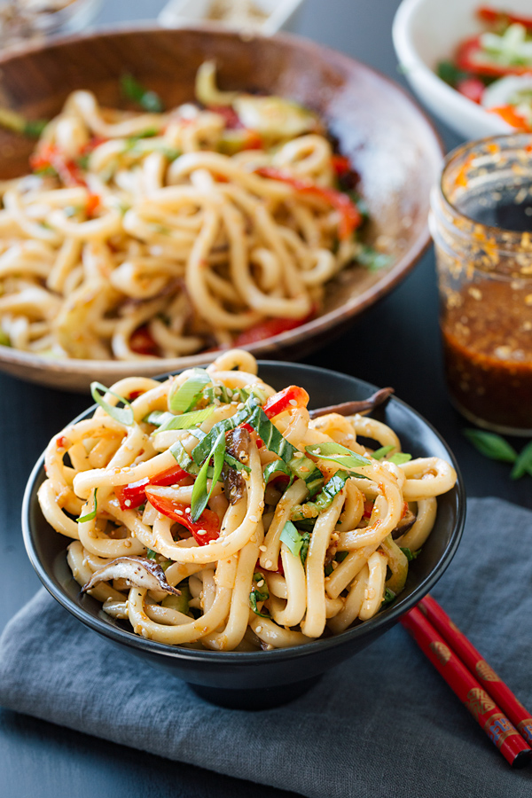 Chilled Garlic Sesame Udon Noodles With Vegetables The Cozy Apron