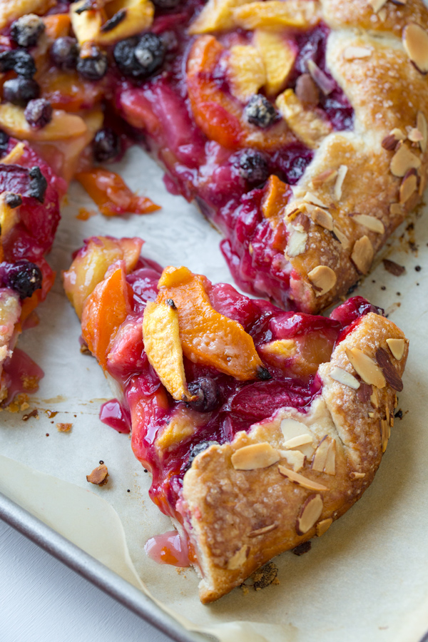 Summer Fruit Crostata | thecozyapron.com