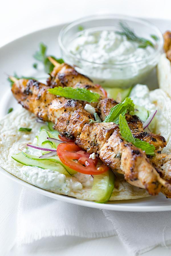Chicken Kebab Wraps with Easy Tzatziki Sauce | thecozyapron.com