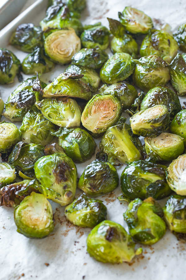Roasted Brussels Sprouts | thecozyapron.com