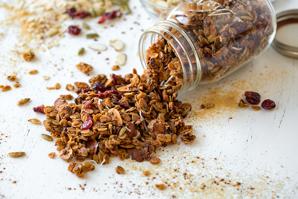 Healthy Homemade Granola with Pumpkin Pie Spice