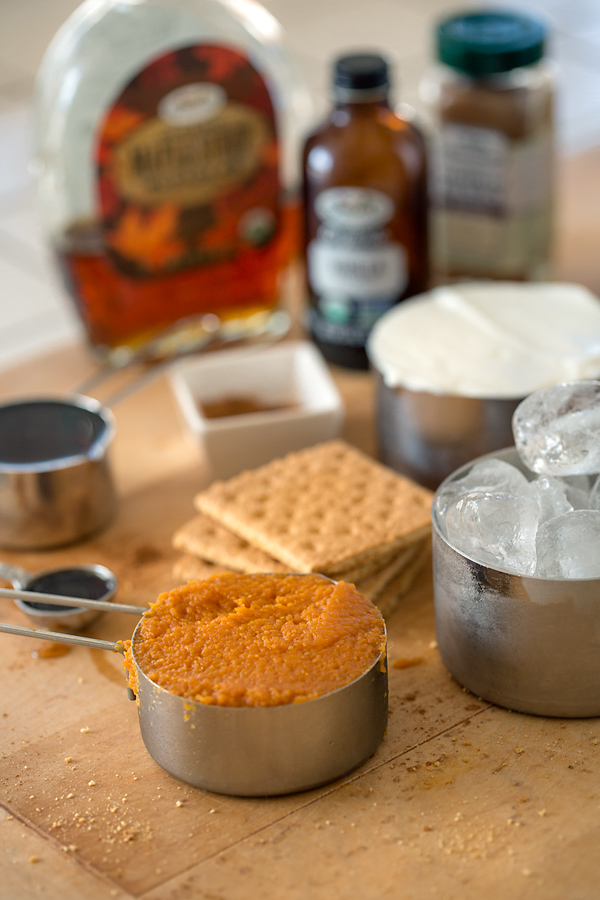 Pumpkin Pie Smoothie Ingredients | thecozyapron.com