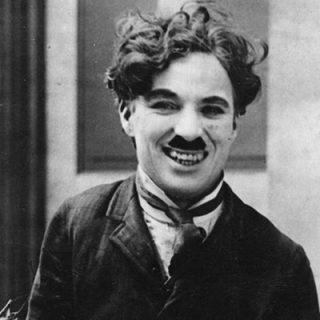 Sir Chaplin on Set | thecozyapron.com