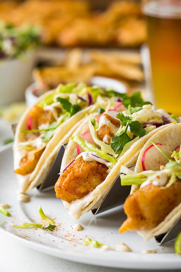 Baja Fish Tacos | thecozyapron.com