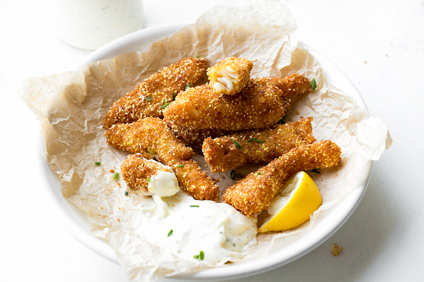 Crunchy Fish Sticks | thecozyapron.com