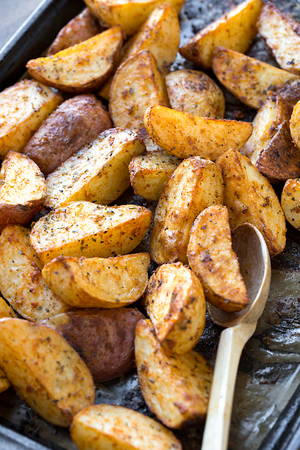 Dijon Roasted Potatoes | thecozyapron.com