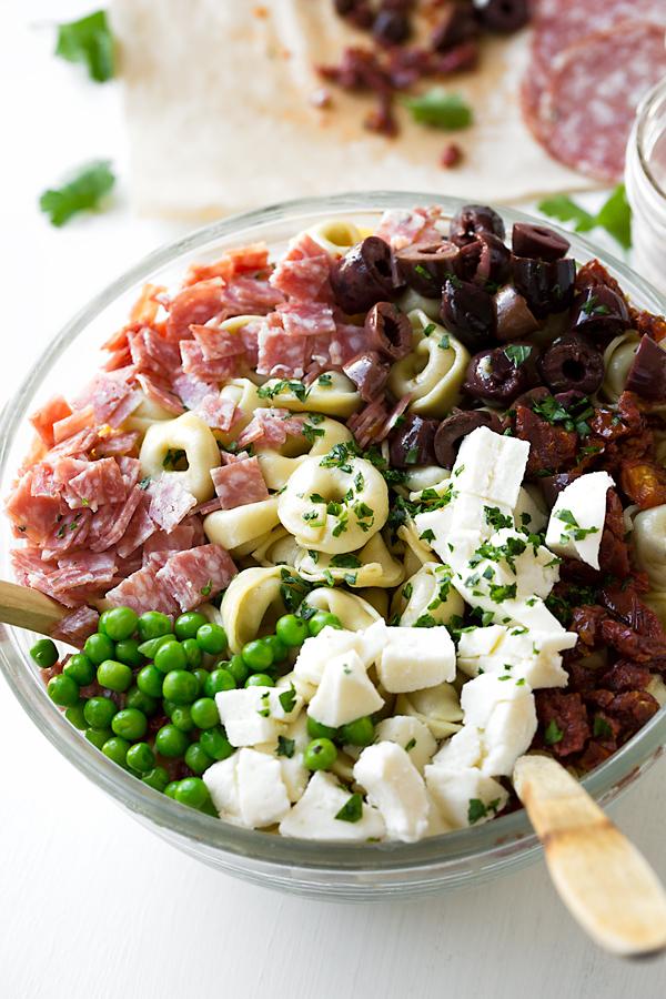 Italian Pasta Salad | thecozyapron.com