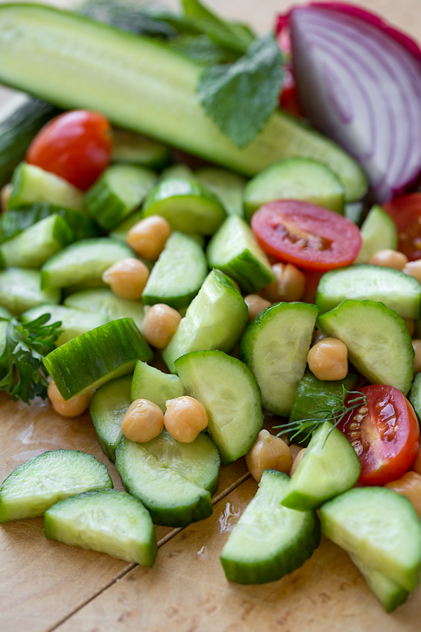 Cucumber Salad Ingredients | thecozyapron.com