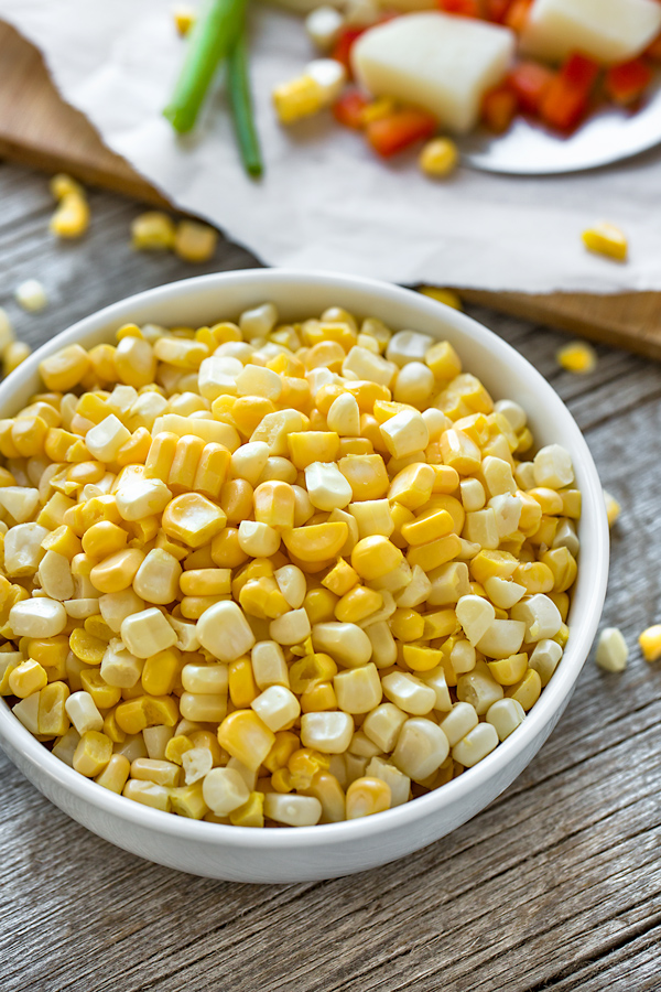 Corn Chowder Ingredients | thecozyapron.com