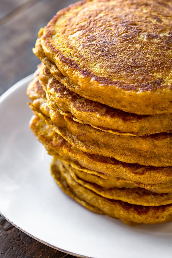 Pumpkin Pancakes | thecozyapron.com