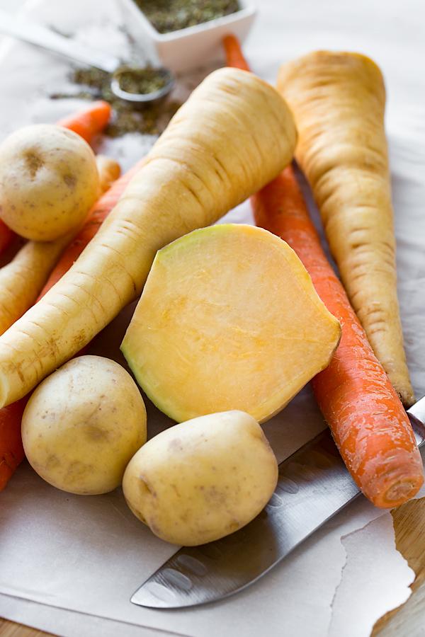 Roasted Vegetables Ingredients | thecozyapron.com