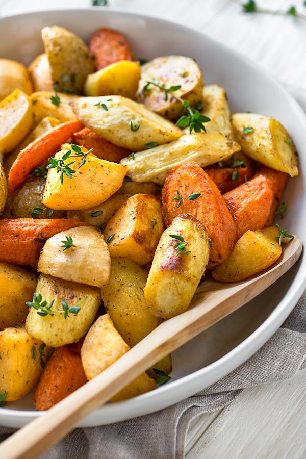 Roasted Vegetables | thecozyapron.com