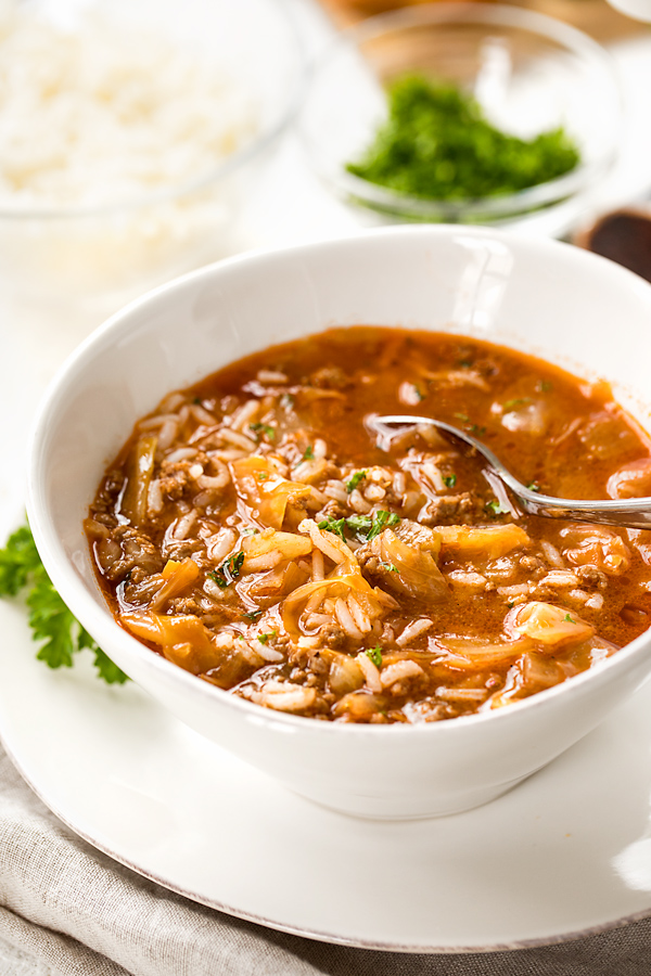 Cabbage Roll Soup | thecozyapron.com