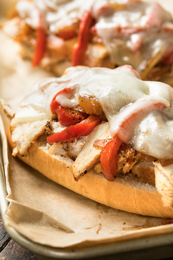 Chicken Cheese Steak | thecozyapron.com