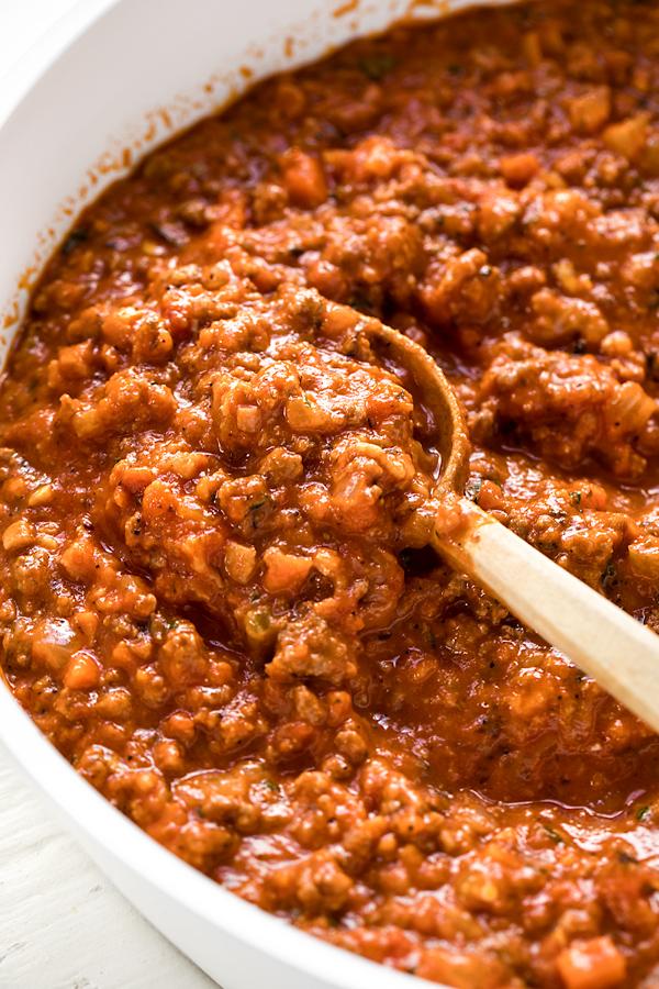Spaghetti Bolognese Sauce | thecozyapron.com
