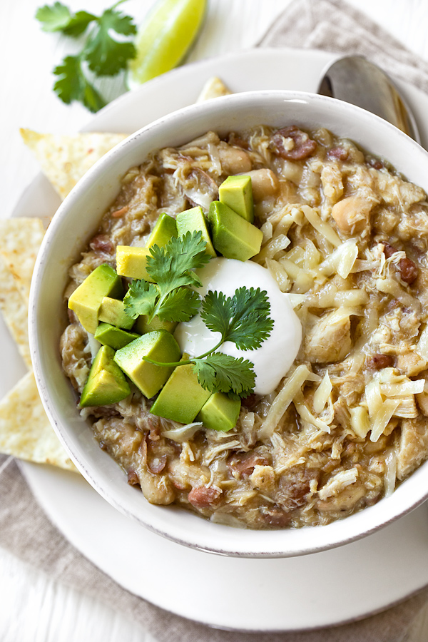 White Chicken Chili | thecozyapron.com