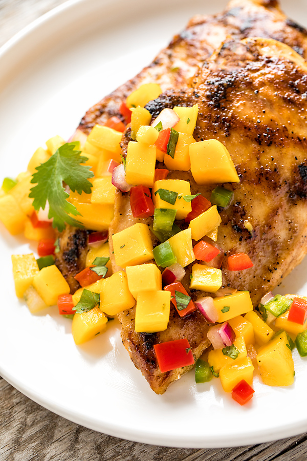 Mango Salsa over Chicken | thecozyapron.com