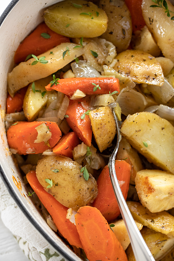 Vegetables in Chicken Pot Roast | thecozyapron.com