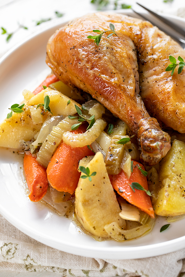 Chicken Pot Roast | thecozyapron.com
