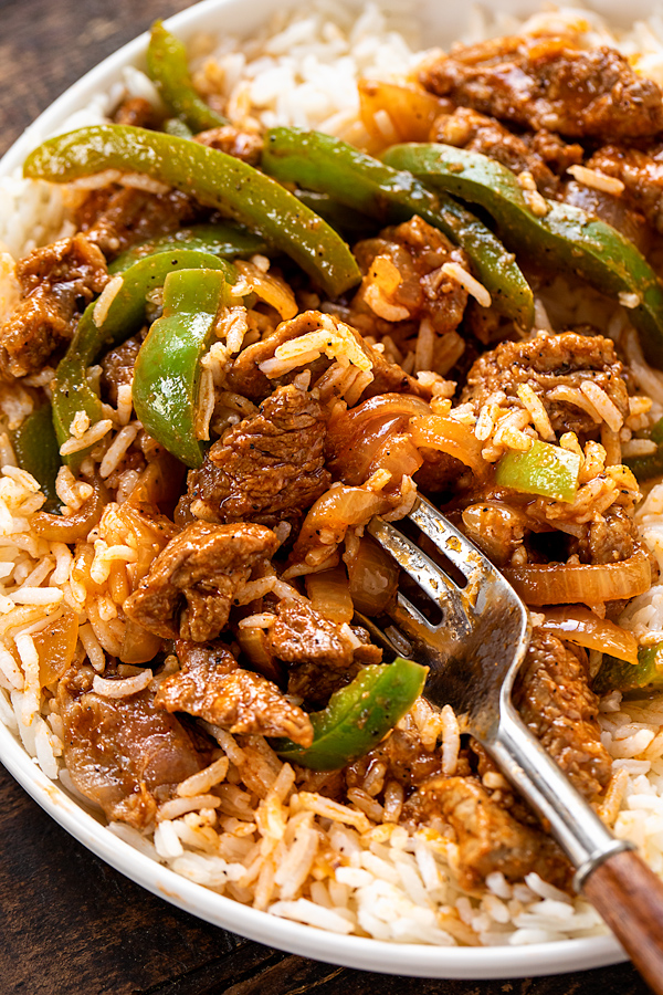 Pepper Steak with Rice | thecozyapron.com