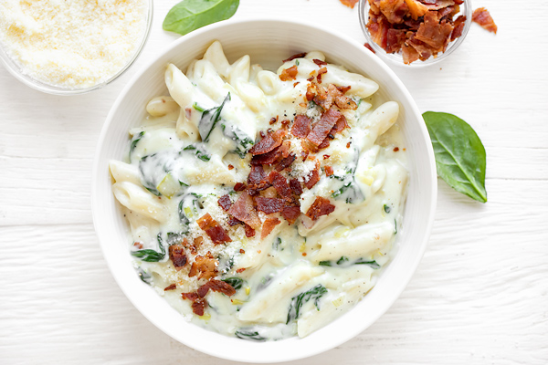 Penne Pasta with Spinach Cream Sauce