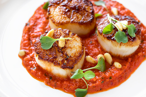 Pan Seared Scallops with Roasted Red Pepper Sauce