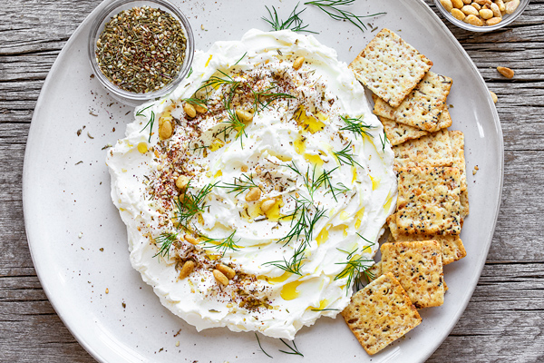 Labneh on Platter| thecozyapron.com