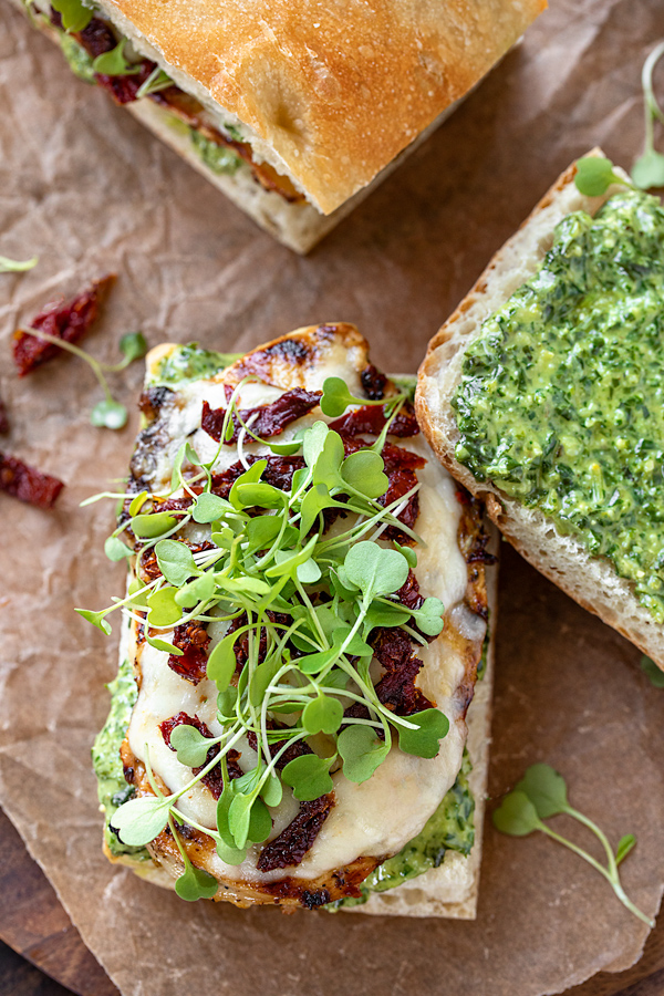 Assembling a Grilled Chicken Sandwich with Pesto | thecozyapron.com