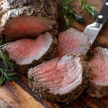 Beef Tenderloin with Herb-Pepper Crust | thecozyapron.com
