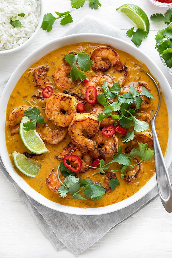 Coconut Curry Shrimp | thecozyapron.com