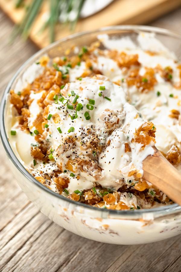 Sour Cream and Onion Dip Prep | thecozyapron.com