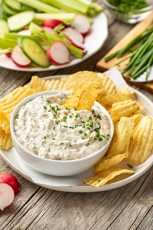Sour Cream and Onion Dip with Chips and Veggies | thecozyapron.com