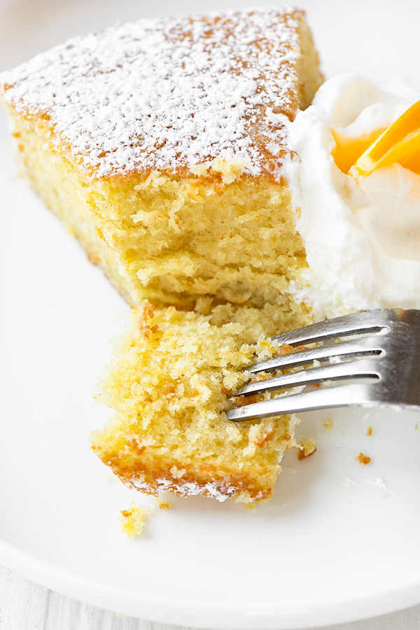 Olive Oil Cake with Fork | thecozyapron.com